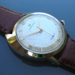 Hamilton Saturn; White Dial; Yellow 14K Gold Filled; Screw Down Back; 34mm diameter; Cal. 505; 1963ish