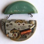 Elgin 725 with original battery ©John Runciman, FNAWCC
